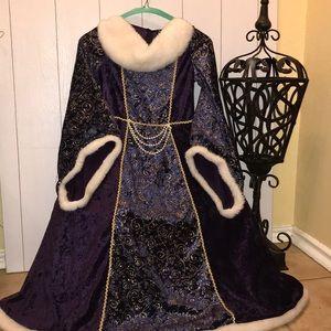 Beautiful Royal Dress 👗💜🏰👑
